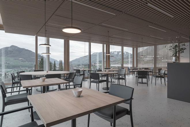 BZ Objektmoebel   Restaurant Magdalena   Rickenbach Schwyz   Bild 1